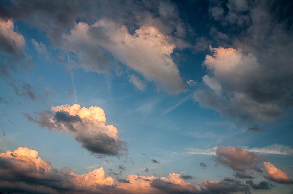 Obloha před západem