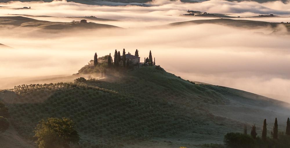 Mlha v Toskánsku