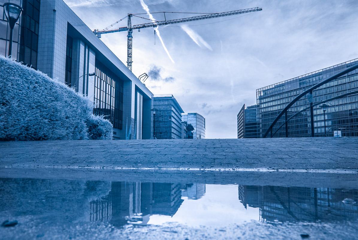 Brusel v modrém