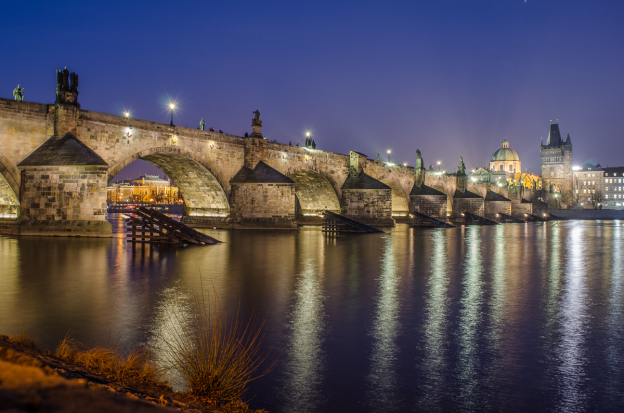 Karlův most - Nikkor podal poměrnš dobře noční světla
