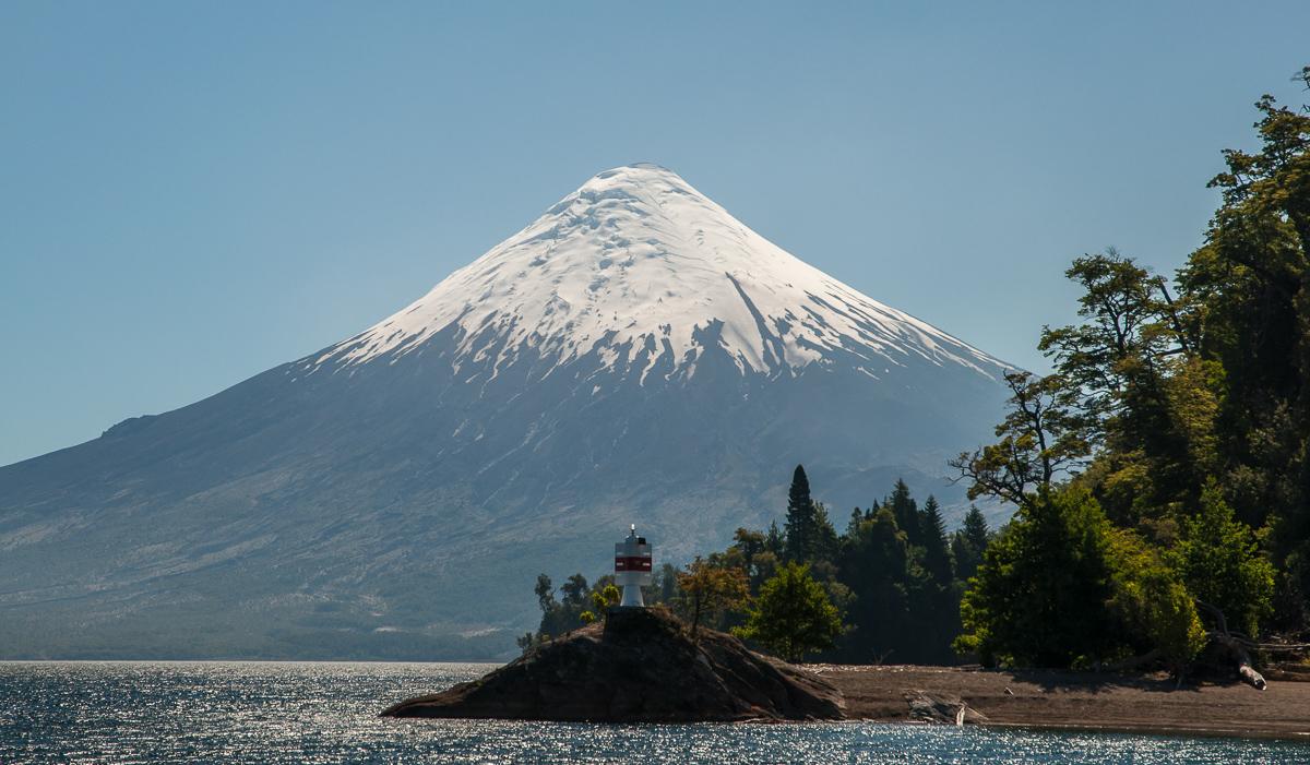 Ladně souměrný vulkán Osorno
