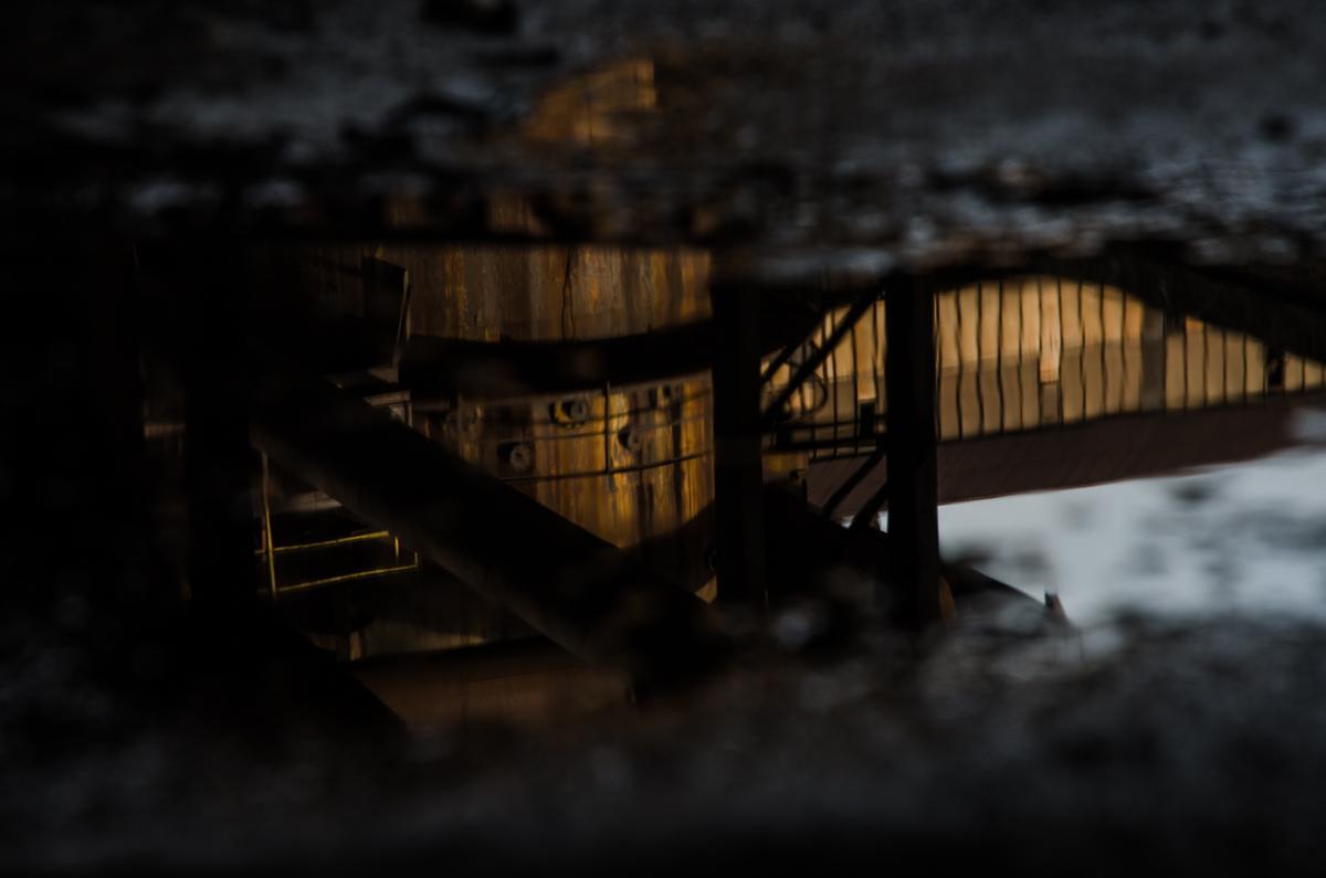 Reflexe v kaluži - Vítkovické železárny