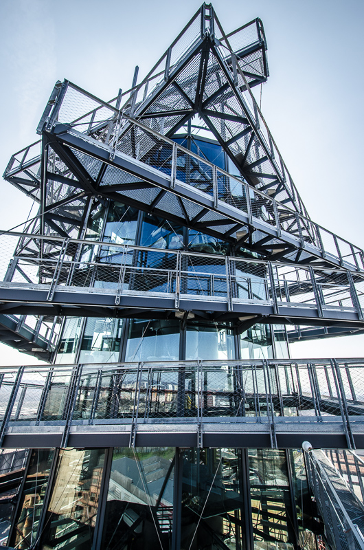 nová nástavba Vysoké pece - opět dílo Josefa Pleskota - bude otevřena 1.května 2015. Bude zde kavaárna, adrenalinová lávka s výhledem z nejvyššího bodu v Ostravě.