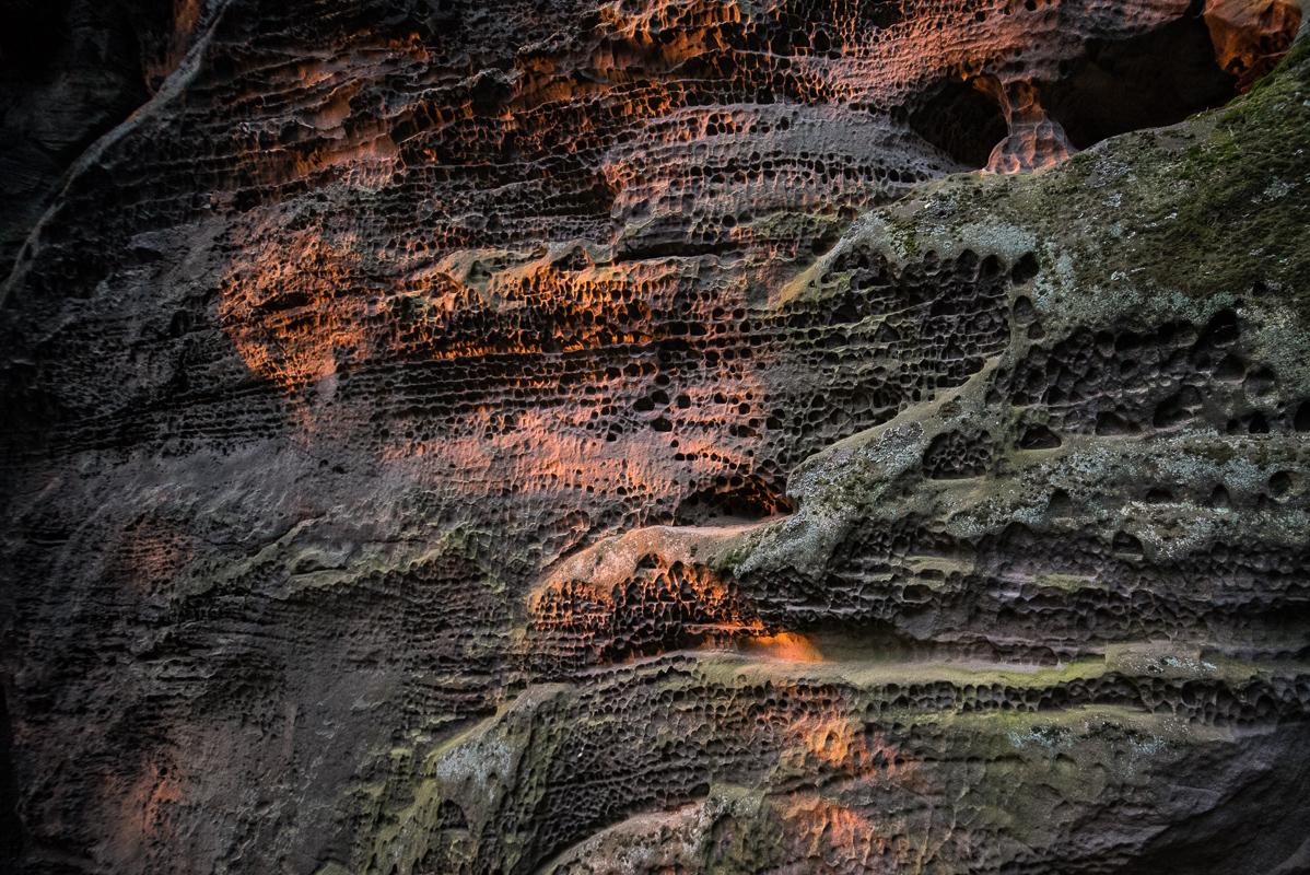 Voštiny ve skalách na Drábských světničkách