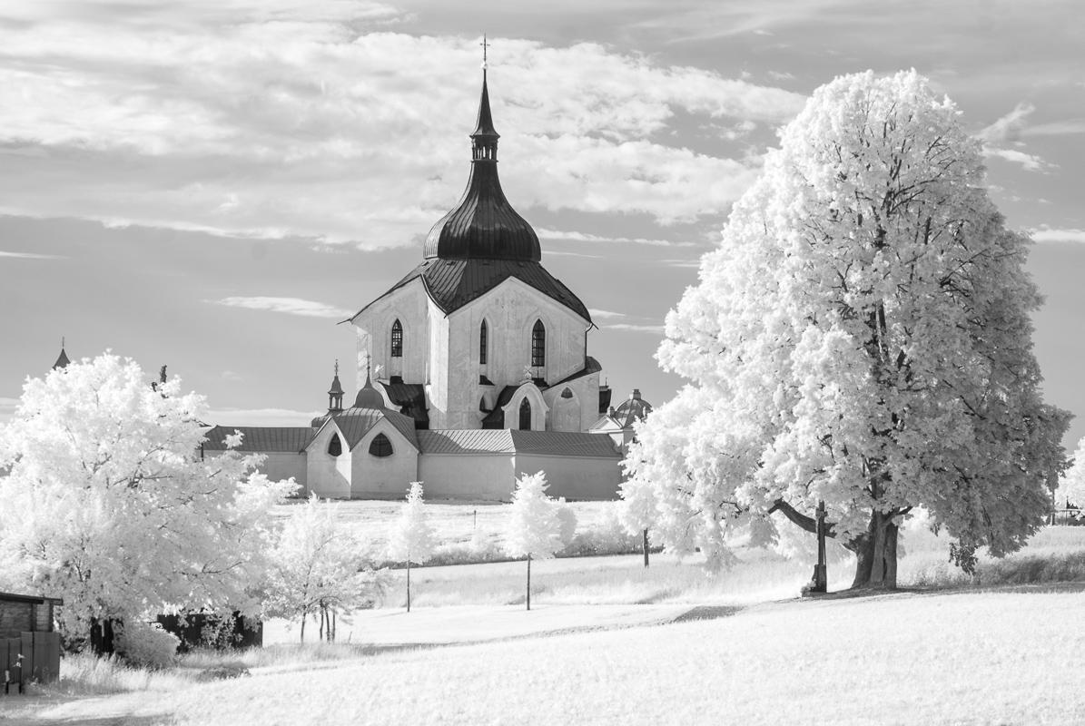 Kostel Sv. Jana Nepomuckého a Vysočina v infračervené