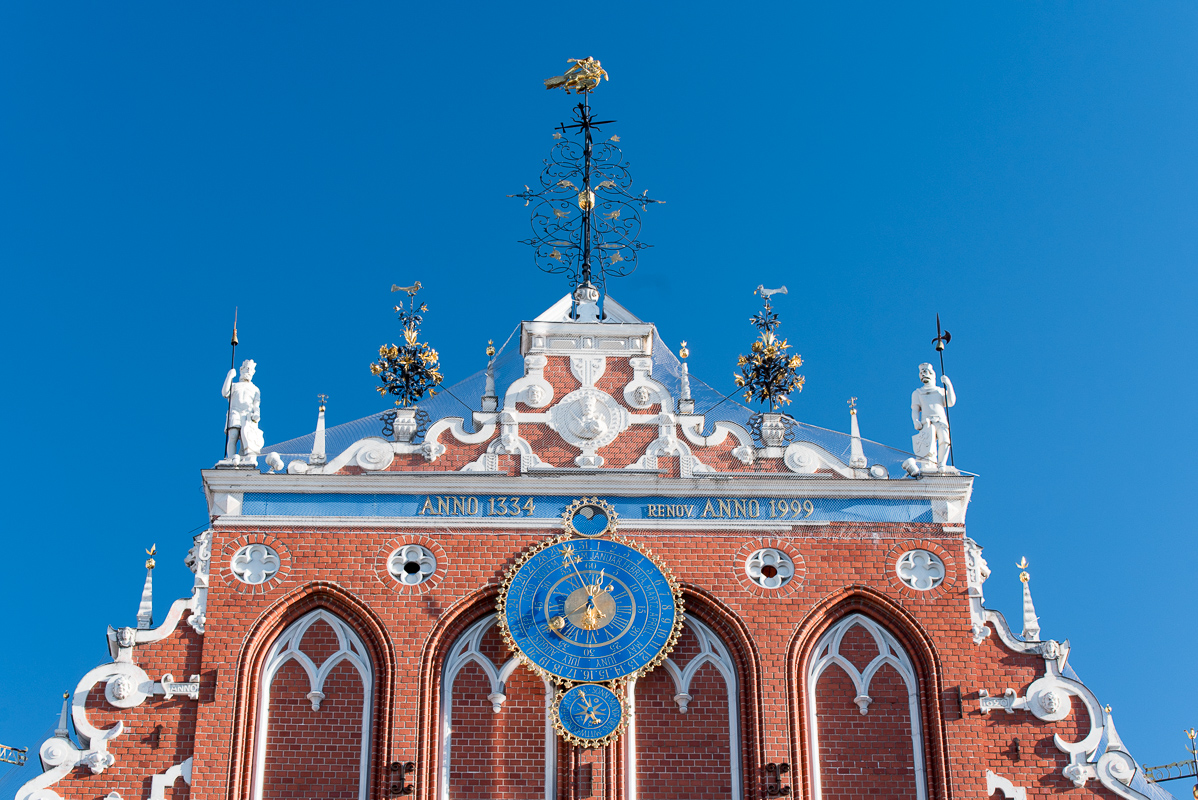Riga: detail domu Černohlavců (Melngalvju nams)