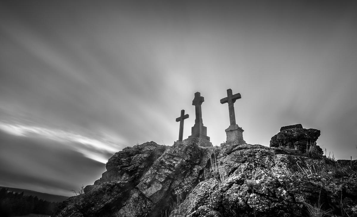 Tři kříže ve Slavkovském lese