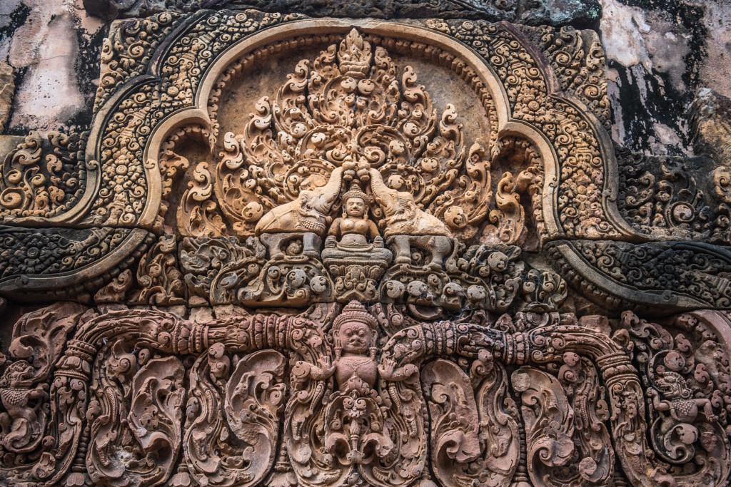 reliéfy na chrámech jsou důkazem mimořádné kulturní rozvintosti zdejší civilizace už na počátku 11.století