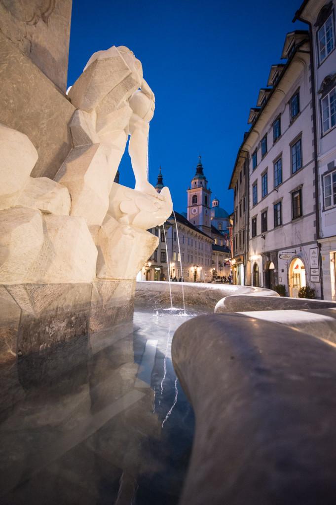 Lublaň, Ljubljana, Oldtown, město, centrum, kašna, katedrála sv.Mikuláše