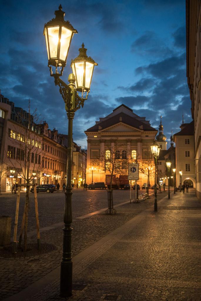 Praha, noční, centrum, Staroměstské náměstí, Ovocný trh, Stavovské divadlo, architektura