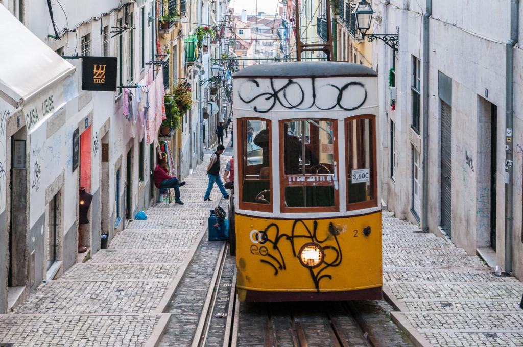 Lisabon, Lisbon, Portugal, Portugalsko, město, architektura, lanovka, cablecar