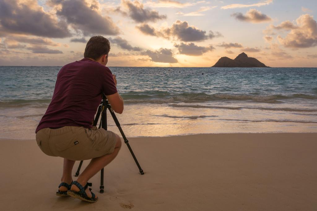 Lanikai beach, pláž, Hawaii, Oahu, Havajské ostrovy, moře, východ slunce, sunrise, fotograf se stativem