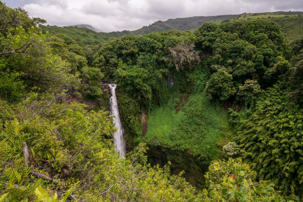 Vodopád Makahiku Falls, Pipiwai Trail, Ostrov Maui, Havaj