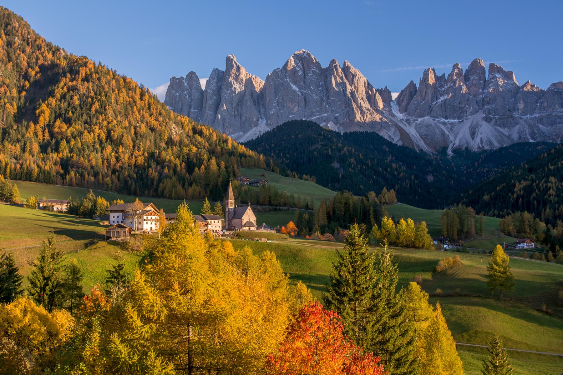 Podzimní Dolomity podruhé: Val Di Funes (Villnöß), Odler, Santa Maddalena