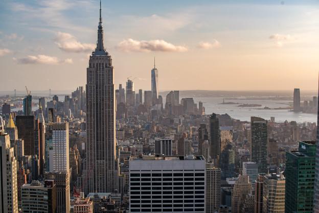 Pohled z Top of the Rock vyhlídky směrem na down town Manhattanu (Rockefellerovo centrum)