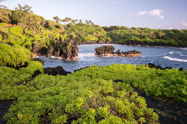 Havaj - pláž Wainapanapa