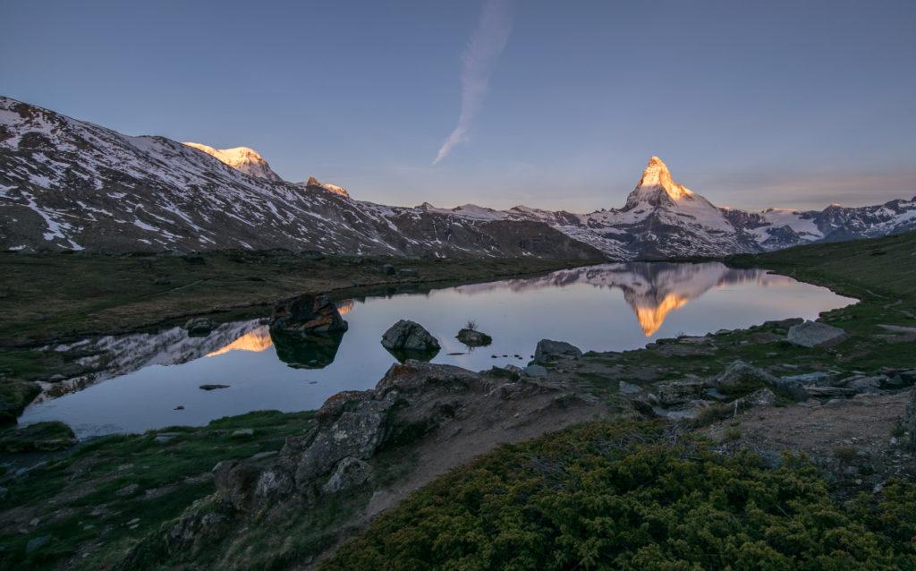 Matterhorn - reflexe v jezeře Stellisee