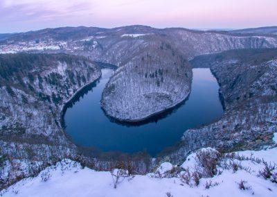 Krajina-Karlstejn-Vltava-Kokorin-fotografie_Bacovsky-17