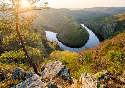 Krajina-Karlstejn-Vltava-Kokorin-fotografie_Bacovsky-8