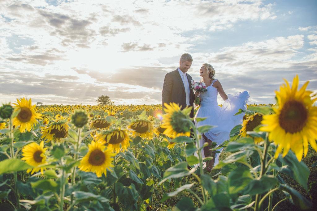 Focení svateb mě vyloženě bavilo - měl jsem štěstí na skvělé páry a zajímavé prostředí, kde se dalo být kreativní