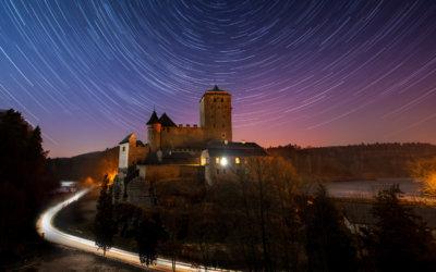 Výstava fotografií Václava Bacovského vJičíně: noční Český ráj